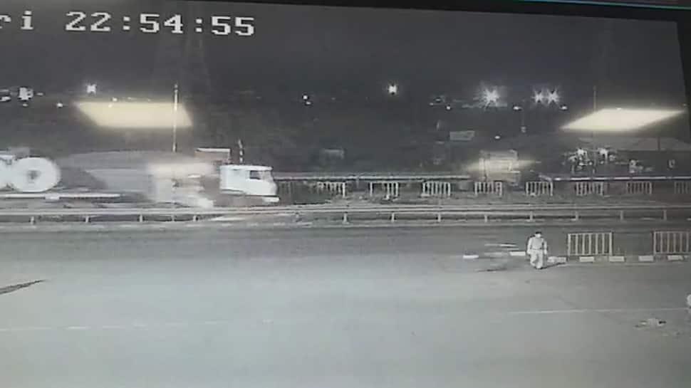 સુરત: હિટ એન્ડ રનની ઘટનામાં સિક્યુરિટી ગાર્ડનું મોત, અકસ્માત CCTVમાં કેદ
