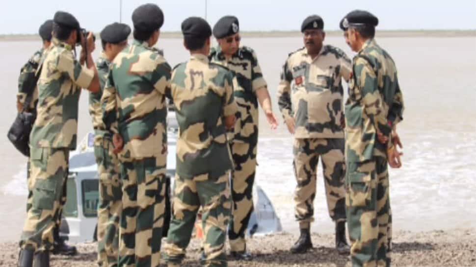 સૈન્યના વડા ગુજરાતની કચ્છ બોર્ડરની મુલાકતે, સુરક્ષા અંગે કર્યું મનોમંથન