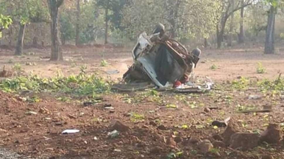 દંતેવાડામાં નક્સલવાદી હુમલો,  ડ્રાઇવર સહિત BJP ધારાસભ્યનું મોત, 3 જવાન શહીદ