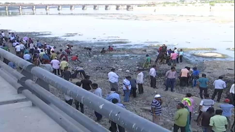 સાબરમતી નદીમાંથી નીકળેલા 500 ટન કચરામાં શું શું હતું? જુઓ સમગ્ર અહેવાલ