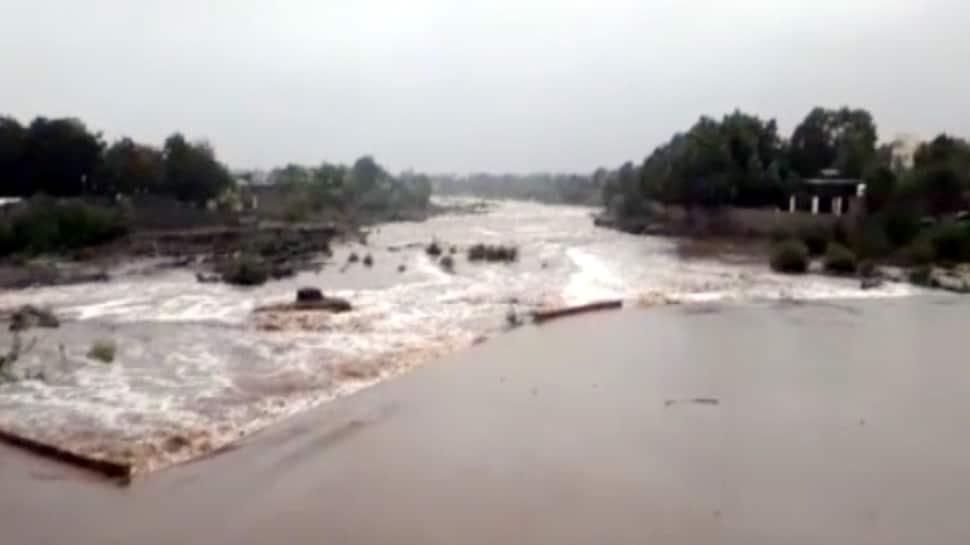 'વાયુ'ની અસરથી ગુજરાતમાં ભારે વરસાદની આગાહી, ગીર સોમનાથામાં 8 ઇંચ વરસાદ, હિરણ નદીમાં પુર