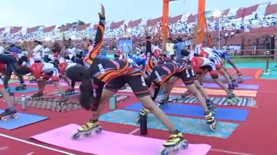 ગુજરાતમાં Yoga Dayનું સેલિબ્રેશન શરૂ, જુઓ ક્યાં ક્યાં...