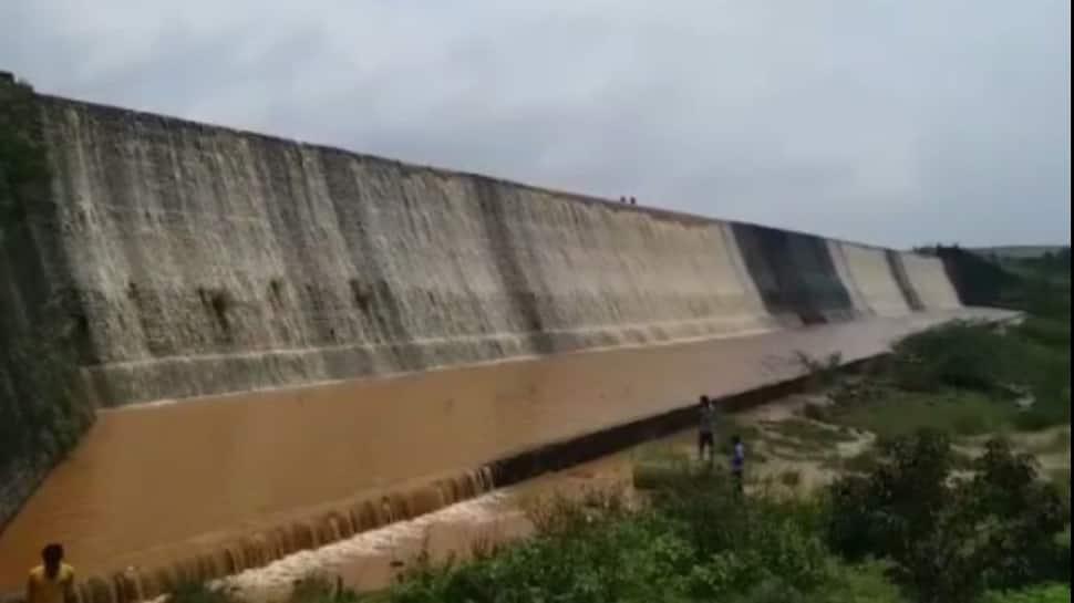 આગામી ચાર દિવસમાં ગુજરાતમાં સર્વત્ર વરસાદની હવામાન વિભાગની આગાહી