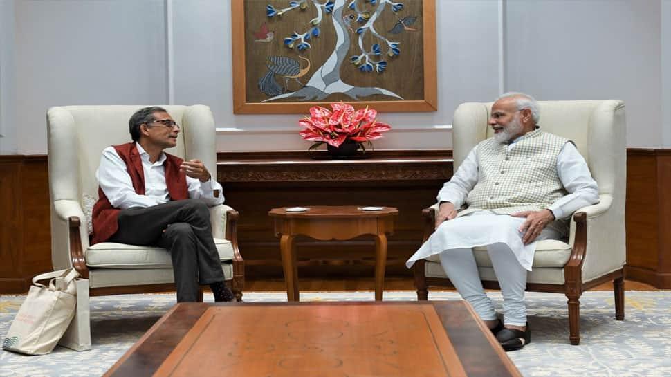 નોબલ વિજેતા અભિજિત બેનરજી PM મોદીને મળ્યા, જાણો વડાપ્રધાને શું કહ્યું?