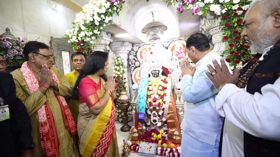 CM રૂપાણીએ ભદ્રકાળી માતાની પુજા કરી ગુજરાતની પ્રગતિના આશિર્વાદ માંગ્યા