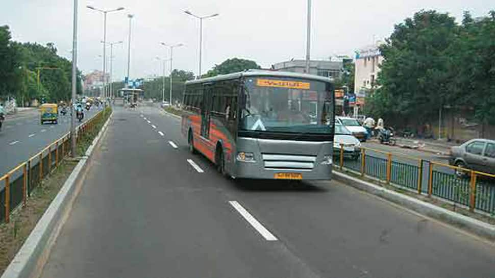 Ahmedabad : AMTSને મિક્સ ટ્રાફિકમાં દોડાવાનો AMCનો વિવાદિત નિર્ણય