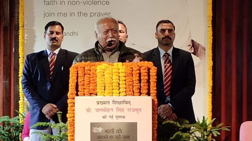 ગાંધીજીનો વિરોધ કરનાર પણ તેમના પર સવાલ ઉઠાવી શકતા નથી: મોહન ભાગવત