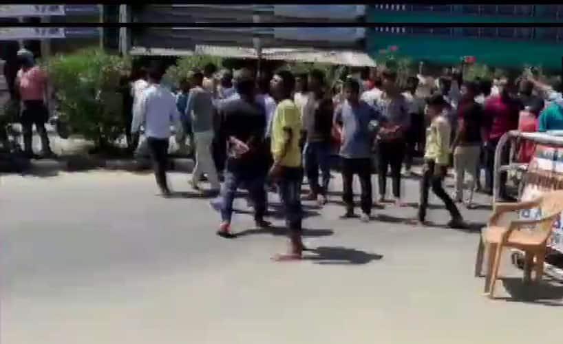 લોકડાઉન: બરેલીમાં ટોળાએ કર્યો પોલીસ પર હુમલો, IPS સહિતના કર્મીઓ ઘાયલ