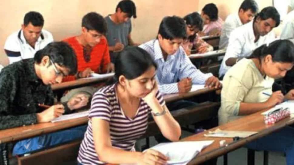 ગૃહ મંત્રાલયનો મોટો નિર્ણય, યુનિવર્સિટીઓને આપી ફાઇનલ પરીક્ષાઓ યોજવાની મંજૂરી