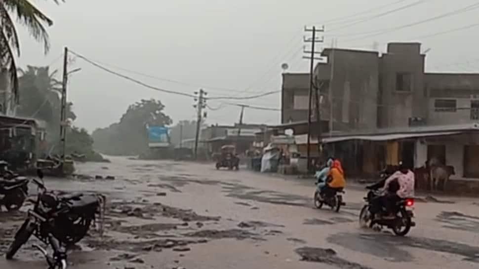 ભયંકર ભાદરવો: સૌરાષ્ટ્ર કચ્છમાં તોફાની વરસાદથી ખેડૂતોની કફોડી સ્થિતી