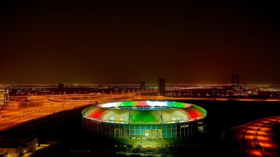 IPL 2020: આઈપીએલ માટે તૈયાર  UAE, રંગબેરંગી રોશનીથી ઝળહળી ઉઠ્યા અબુધાબી અને દુબઈના મેદાન