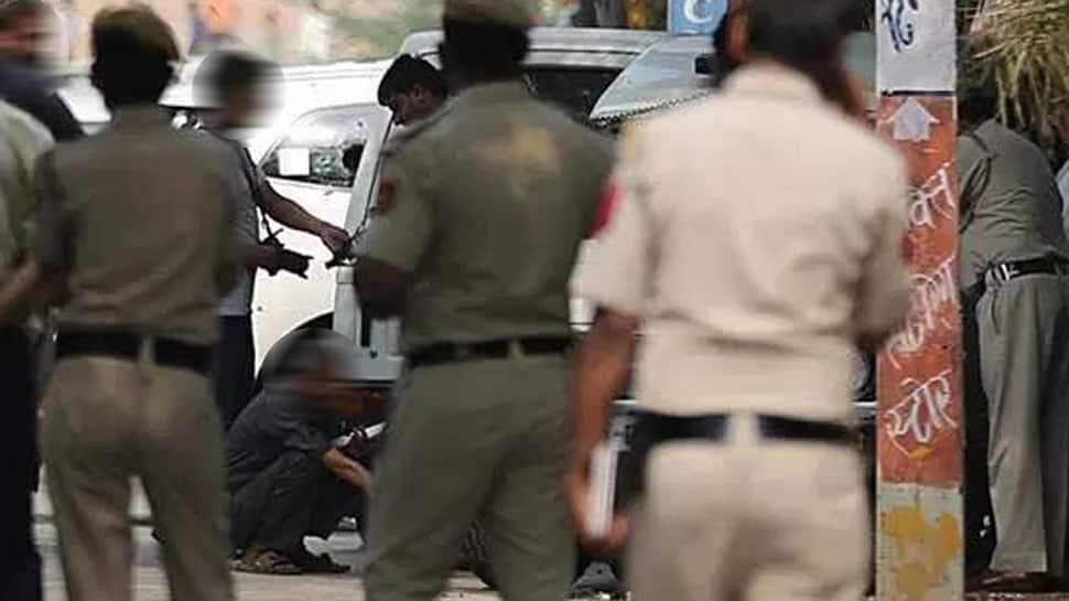 તોડપાણી કરતી નકલી પોલીસથી થઇ જજો સાવધાન, જરૂરી નથી દરેક જગ્યાએ ત્રીજી આંખની નજર હોય