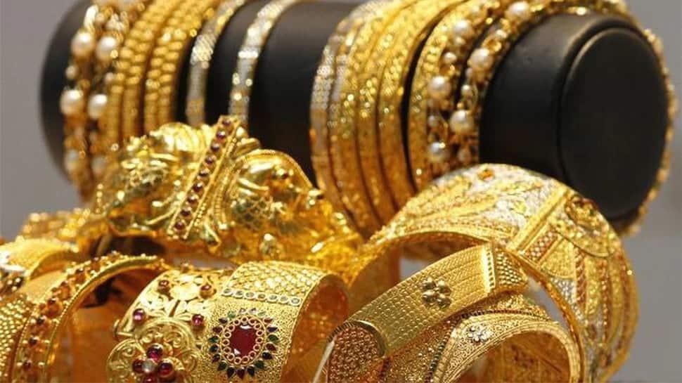 Gold Price Today: સોનાની કિંમતમાં ઘટાડો, ચાંદી પણ થઈ સસ્તી, જાણો નવો ભાવ