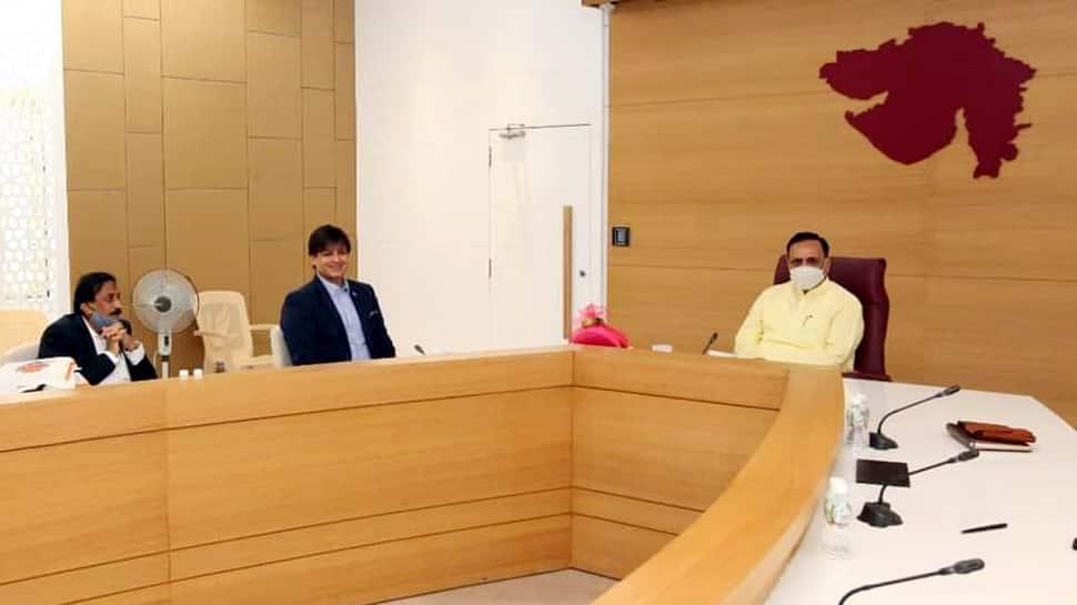 બોલીવુડ ફિલ્મ કલાકાર વિવેક ઓબેરોયની CM રૂપાણી સાથે બેઠક, કરી આ મુદ્દે ચર્ચા