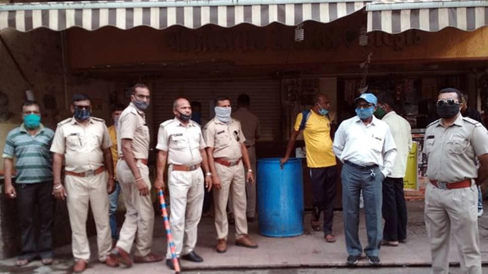 ગુજરાતના મહાનગરોમાં કોરોના સુપર સ્પ્રેડર બનેલા ગલ્લા-ચા કીટલીઓ થશે બંધ, સરહદો સીલ થવાની શક્યતા