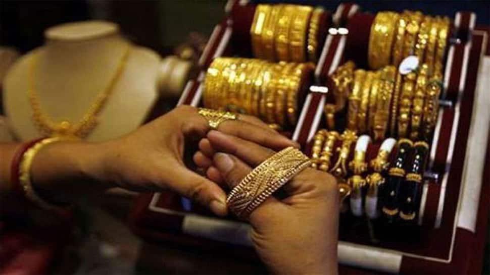Gold Price today : સોનાના ભાવ ઉંધા માથે પટકાયા, 10,000 સુધીનો ઘટાડો, જાણો ભાવ