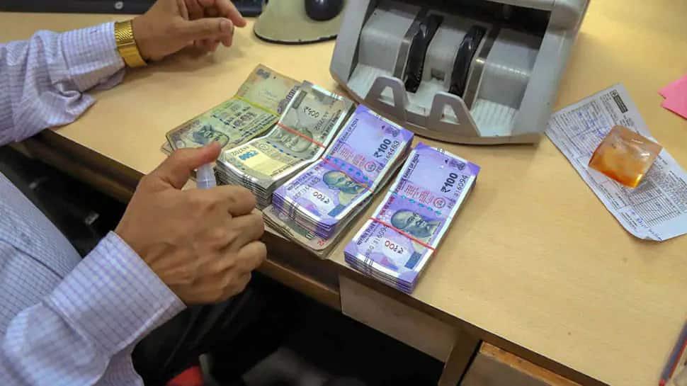 7th Pay Commission: હોળી પહેલાં સવા કરોડ કેંદ્રીય કર્મચારીઓને મળવા જઇ રહી ભેટ