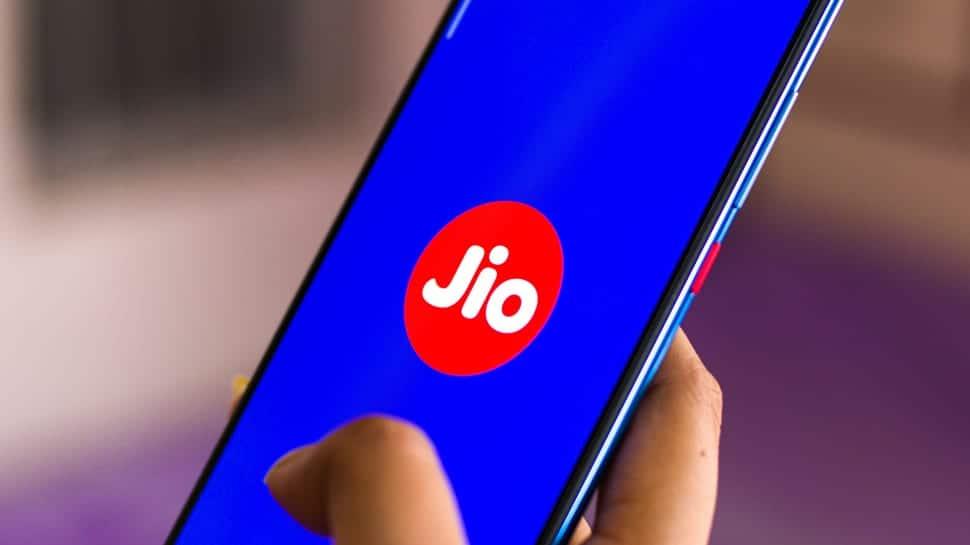 Jio ની મોટી જાહેરાત, 2 વર્ષ સુધી Free મળશે તમામ સેવાઓ અને ફોન