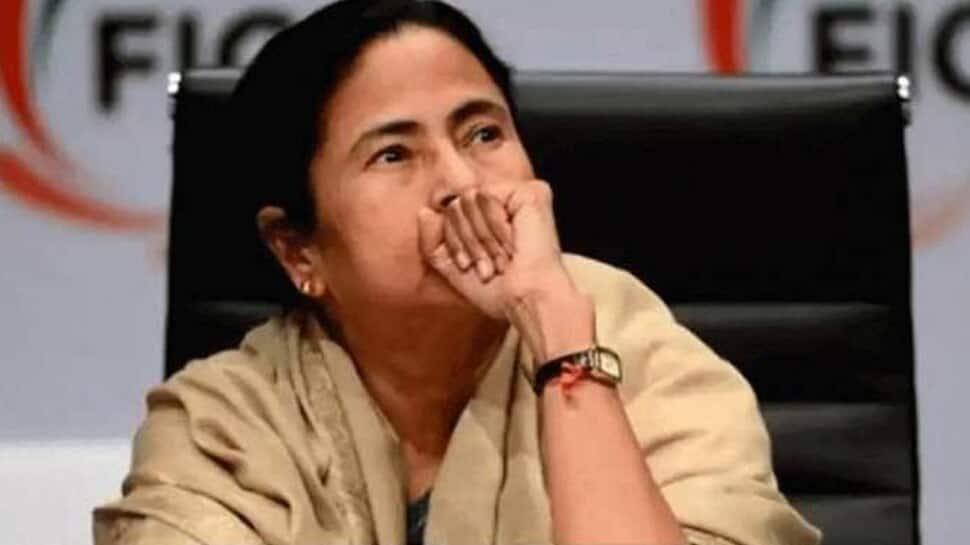 Bengal Election: ચૂંટણી પંચે મમતા બેનર્જી પર લગાવ્યો પ્રતિબંધ, 24 કલાક નહીં કરી શકે પ્રચાર
