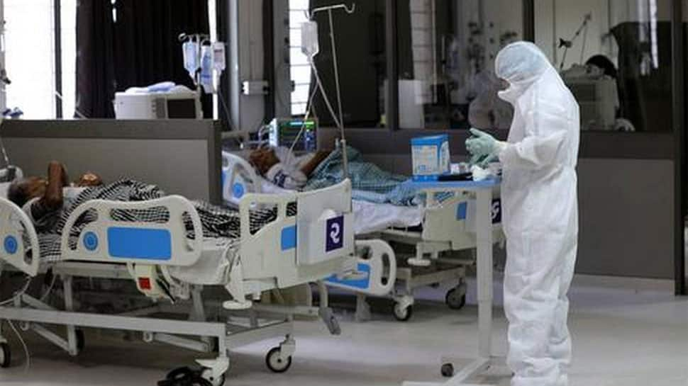 ફ્રન્ટલાઇન વોરિયર્સ ડોક્ટર્સ અને નર્સિંગ સ્ટાફ 2500 થી વધારે સ્ટાફ દિવસ રાત જોયા વગર કરી રહ્યા છે કામ