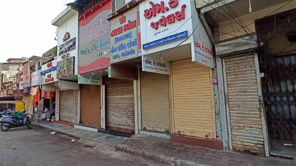 દિલ્હીને પગલે ગુજરાતમાં લોકડાઉનના ભણકારા વાગ્યા, આજે મુખ્યમંત્રી લેશે નિર્ણય