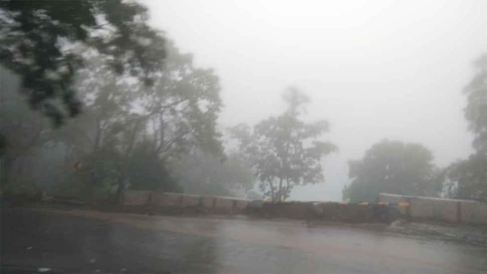તૌક્તે વાવાઝોડાની અસર શરૂ, સાપુતારા સહિત આ વિસ્તારોમાં વરસાદ શરૂ