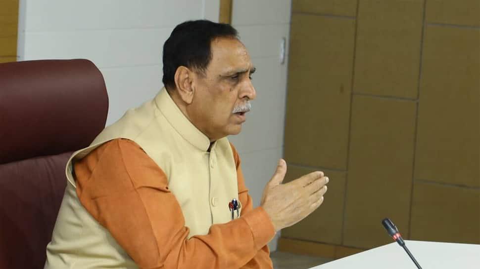 ગુજરાતનો નવતર અભિગમ: રાજ્યની ચાર કૃષિ યુનિવર્સિટીઓના ૧૯૦ કૃષિ વૈજ્ઞાનિકો અસરગ્રસ્ત જિલ્લામાં જશે