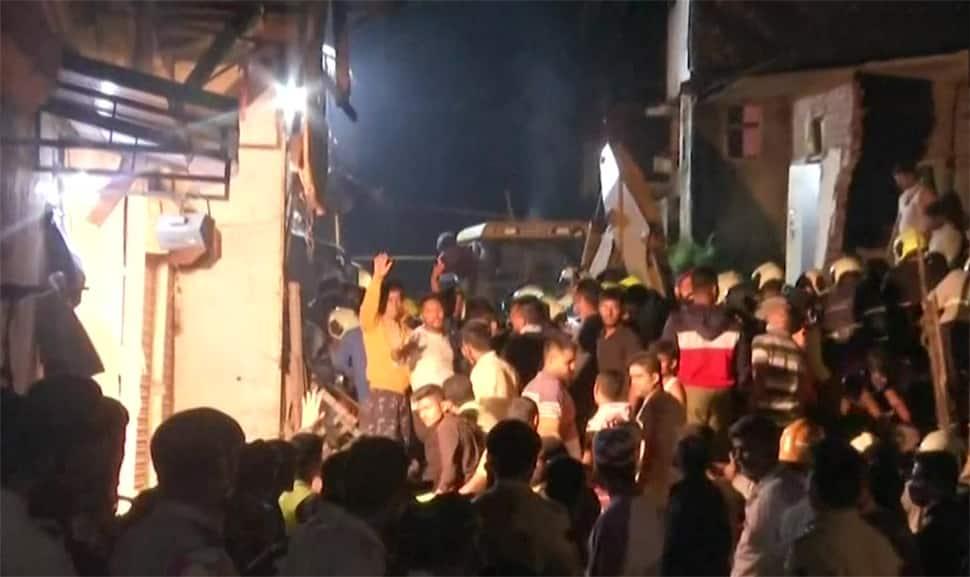 મુંબઈમાં મોટી દુર્ઘટના, મોડી રાતે 4 માળનું મકાન ધરાશાયી થતા 11 લોકોના મોત, અનેક ઘાયલ