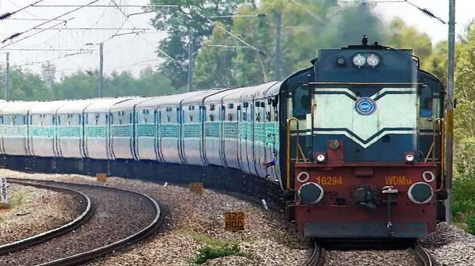 ભાવનગરથી સુરેન્દ્રનગર ટ્રેન ફરીથી શરૂ થશે, પણ મહુવાથી ઉપડતી ટ્રેનો હજી પણ બંધ