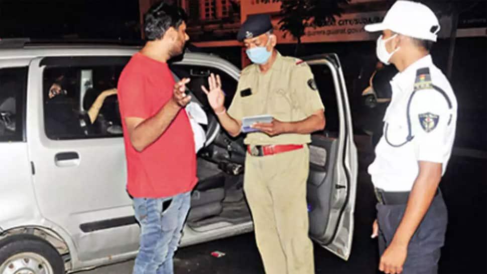 AHMEDABAD: કોરોના હળવો બનતા જ શહેરીજનો બન્યા બેખોફ, 10 દિવસમાં 22 હજારને દંડ