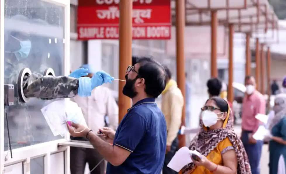 Gujarat માં Delta Plus Variant ના નોંધાયા 2 કેસ, કેંદ્રીય આરોગ્ય મંત્રાલયે કરી સત્તાવાર જાહેરાત