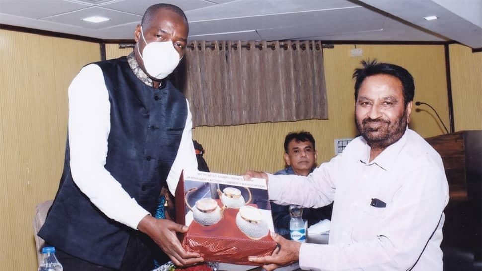 બ્રાસ સીટી જામનગરને મળશે વૈશ્વિક ઓળખ,યુગાન્ડાના એમ્બેસેડરેબ્રાસ ઉદ્યોગની મુલાકાત લીધી