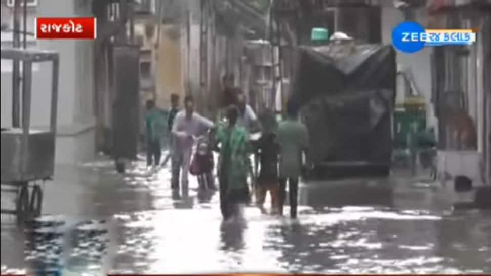 વરસાદની બીજી ઈનિંગમાં 156 તાલુકામાં મેઘમહેર, ડીસામાં વીજળી પડતા મહિલાનું મોત