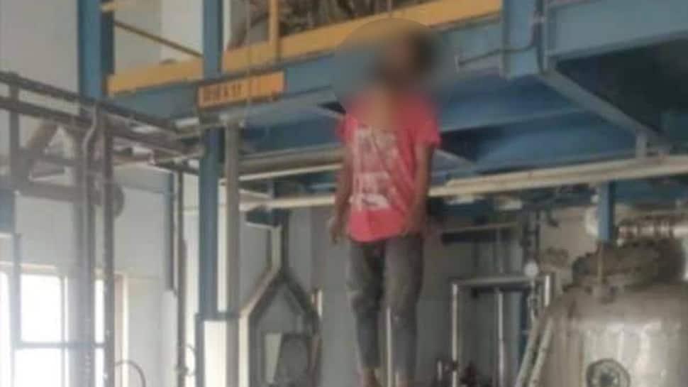 GSFC ના કર્મચારીએ પ્લાન્ટમાં જ કર્યો આપઘાત, પરિવારજનોને પ્લાન્ટમાં જવા ન દેતા થયો વિવાદ