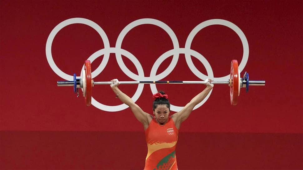 Tokyo Olympisc માં સિલ્વર મેડલ જીતનાર મીરાબાઈ ચાનુને ચાંદી-ચાંદી, ઈનામનો થઈ રહ્યો છે વરસાદ
