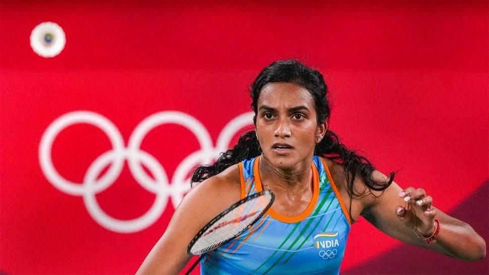 Tokyo Olympics 2020 : PV Sindhu Olympic ગોલ્ડ મેડલથી માત્ર બે ડગલાં દૂર, જાપાની ખેલાડીને હરાવીને સેમીફાઈનલમાં પહોંચી