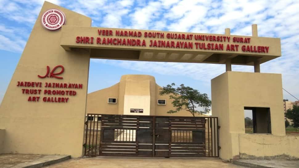 સુરતમાં વિવાદ: દક્ષિણ ગુજરાત યુનિવર્સિટી સંલગ્ન 9 કોલેજના ખાનગીકરણનો નિર્ણય, NSUI નો અનોખી રીતે વિરોધ