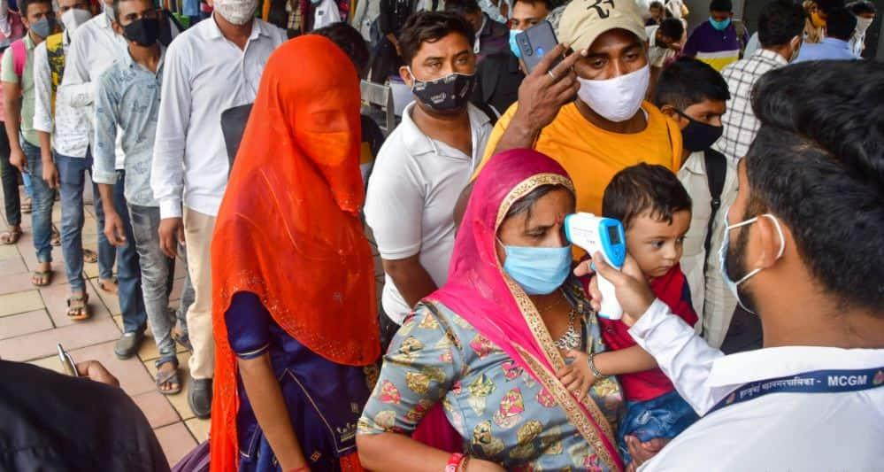 Covid-19: ભારતમાં કોરાનાની ત્રીજી લહેરના ભણકારા!, WHO એ જાહેર કરેલી આંકડાકીય માહિતીએ ચિંતા વધારી