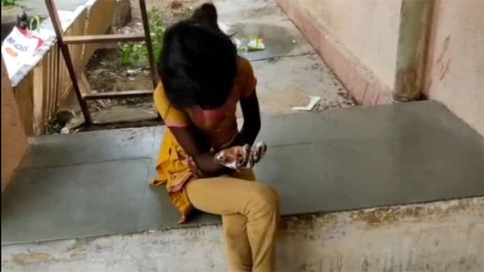 પાટણમાં પાડોશી મહિલાએ 11 વર્ષની બાળકીને સત્યના પારખા કરાવ્યા, ઉકળતા તેલમાં ડૂબાડ્યો હાથ