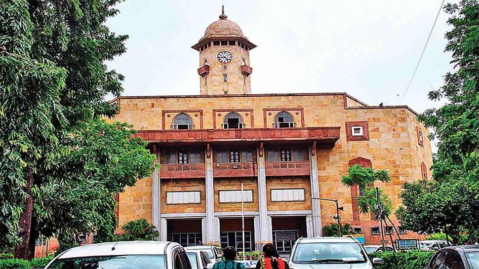 ગુજરાત યુનિવર્સિટી બની છબરડા યુનિવર્સિટી, એક ભૂલથી 400 વિદ્યાર્થીઓના એડમિશન પર ખતરો મંડરાયો