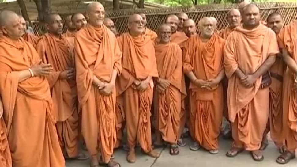 સોખડા સ્વામિનારાયણ મંદિરના વિવાદનો આવ્યો અંત, આ મહંત બનશે નવા ગાદીપતિ