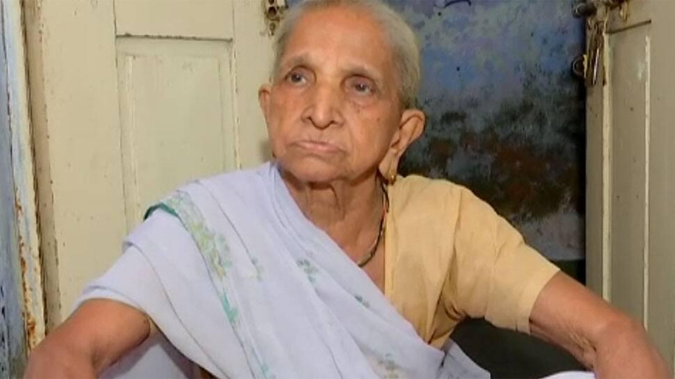AHMEDABAD: માતાને તરછોડનાર પુત્રને પોલીસે કાયદાનું એવું ટ્યુશન આપ્યું કે આજીવન યાદ રાખશે