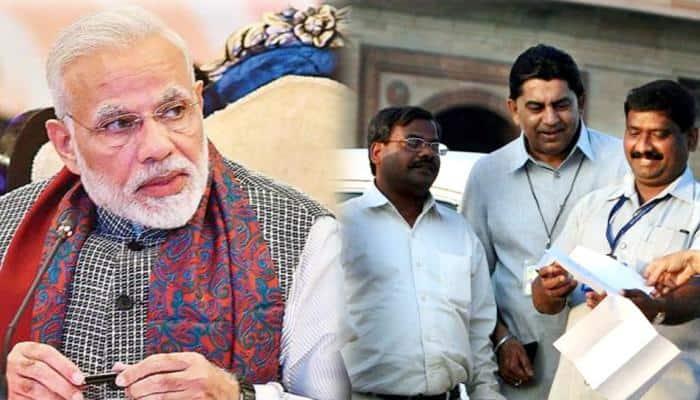 સરકારી કર્મચારીઓને મળી શકે છે મોટા ખુશખબર, PM મોદી કરશે 7માં પગાર પંચથી પણ મોટું એલાન!