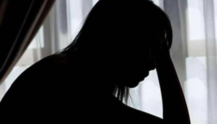 કાલોલની પરણિત મહિલા સાથે 4 ઇસમોએ ગુજાર્યો સામૂહિક બળાત્કાર, મોબાઇલમાં પાડ્યા નગ્ન ફોટા