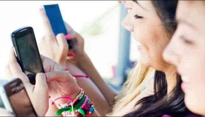જો તમે મોબાઇલ ફોનનો વધારે ઉપયોગ કરો છો તો આ બિમારીનો બનશો શિકાર