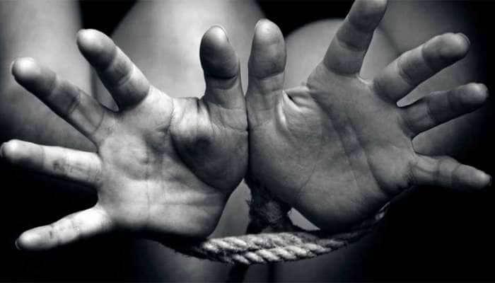 મુંબઈની ગેંગે ગુજરાતના ગરીબ પરિવારના 300 બાળકો વિદેશમાં વેચ્યાં, એકની કિંમત 45 લાખ રૂ.