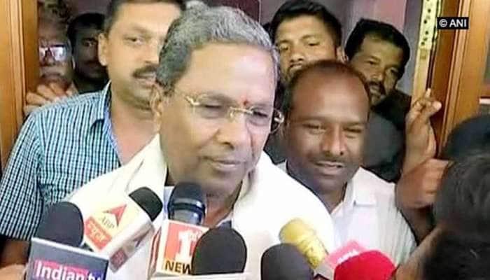 કર્ણાટકઃ શું ખતરામાં છે કોંગ્રેસ-જેડીએસ ગઠબંધન? સિદ્ધારમૈયાએ વ્યક્ત કરી CM બનવાની ઈચ્છા