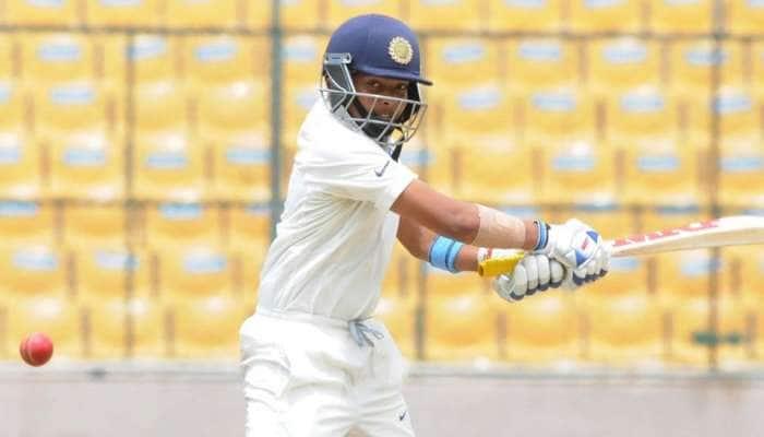INDvsWI: રાજકોટ ટેસ્ટમાં ભારતની શાનદાર શરૂઆત, દિવસના અંતે 364/4, વિરાટ 72 રને રમતમાં