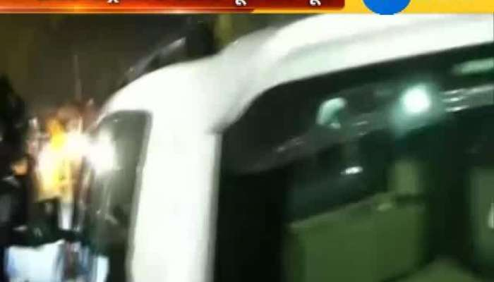 Robert Vadra Leaves ED office after 5 hours inquery
