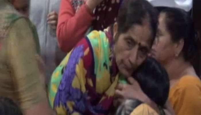જામનગર: તબીબની બેદરકારીએ સાત માસની બાળકીનું મોત, પરિવારે કરી તોડફોડ
